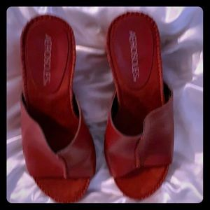 Aersoles Birthstone Wedge Shoes. Size: 5.5